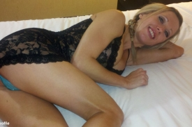 Mandy Monroe on Bed